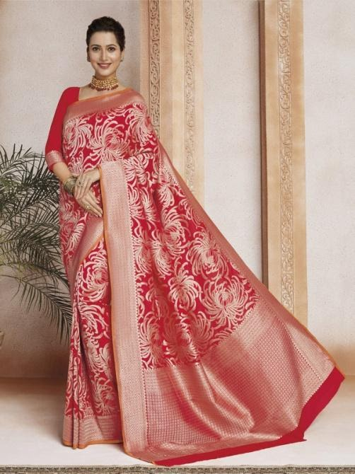 saree with embroidery